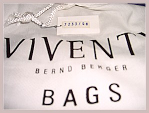Damenhandtasche Viventy by Bernd Berger, Staubbeutel und Seriennummer