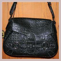 schwarze Damenhandtasche von Giorgio Sorrentino, Vorderansicht