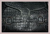 schwarze Damenhandtasche von Giorgio Sorrentino, Detail Vorderseite