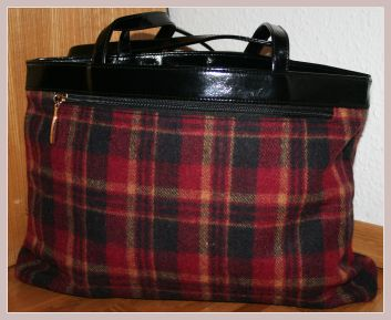 Damenhandtasche von Betty Barclay, Rückansicht