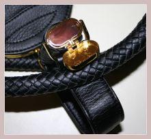 schwarze Spy Bag, Detail Geheimfach