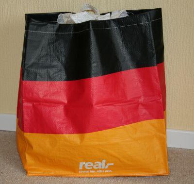 Einkaufstasche in deutschen Landesfarben