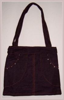 schwarze Jeanshosen-Umhängetasche, bei ebay gekauft