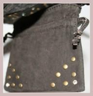 Braune Wildledertasche, Beitasche