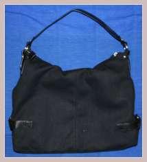 schwarze Handtasche von Sisley, Rückansicht