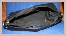 schwarze Handtasche von Sisley, Innenansicht