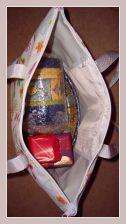 Strandtasche in weiss mit buntem Druck, Innenansicht