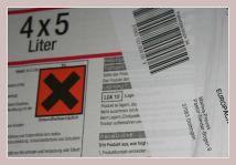 Paket mit Warnhinweis